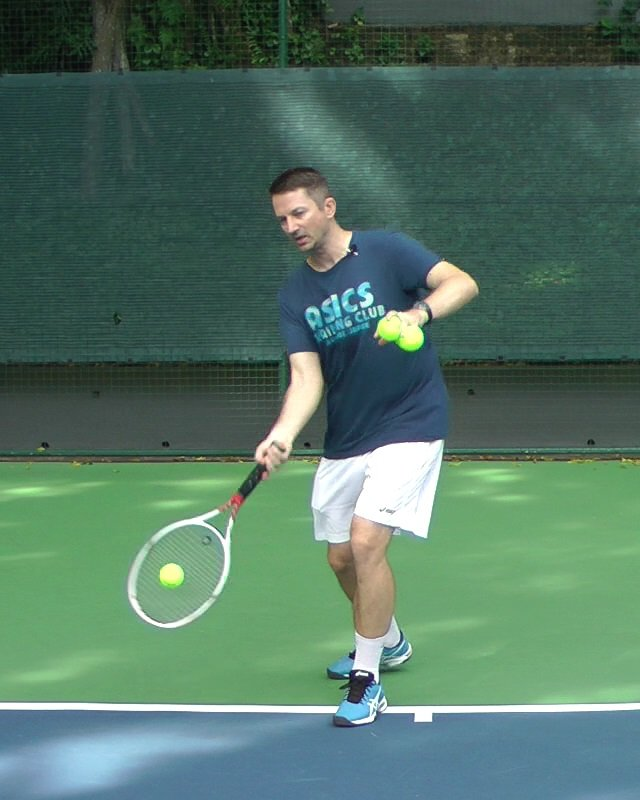 neutral stance forehand
